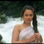 bollywood old actresses in hot and bold dress
