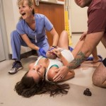 woman-birth-hallway-little-leapling-photography-9-630x420